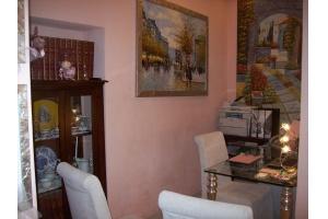 Agenzia di Pietra, Via Garibaldi, interno